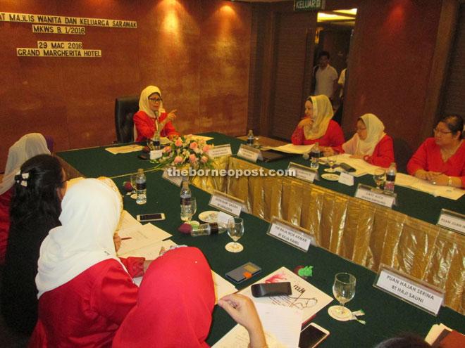 kch-bp290316-gt-women-p1